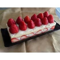 新巧屋草莓爆多蛋糕(12月~4月)(長條)      ( 大湖草莓季開賣)